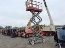 2009 Warren S/S Salt Spreader,
