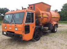 2000 Crane Carrier Co. Trash/Co
