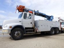 2000 Freightliner FL112 T/A
