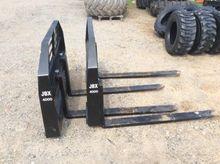 """JBX 4000 48"""" Skid Steer Fork At"""