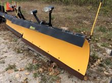 Meyer 8' snow plow with lift pu