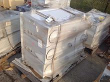 Pallet of (3) Hydraulic tanks