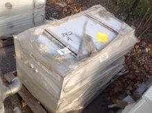 Pallet of (2) Hydraulic tanks