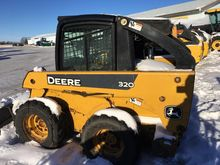Used DEERE 320 in Li