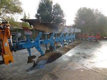 2002 Bonnel 456 Plough