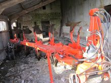 2003 Kuhn VARIMASTER 121 Plough