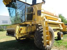 1988 New Holland TX34 Combine h