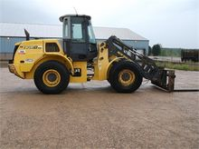 Used 2006 HOLLAND W1