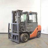2009 TOYOTA 02-8FDF30 Forklift