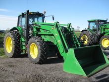 John Deere 6195M Tractors