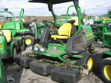 John Deere 8000E Fairway Mower