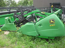 John Deere 630F Combine