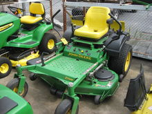 John Deere 717 Zero Turn Mower