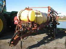 DEMCO HTH 750 PULL Sprayer