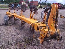 1990 Huard 570 Plough