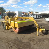 1990 UNBRANDED SWEEPER