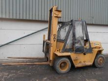 Cat V110 Masted Forklift