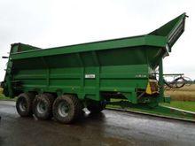 Bunning 25 tonne Manure Spreade
