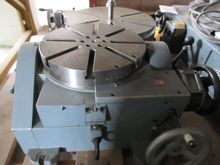 HAUSER 310 Rotary table tiltabl