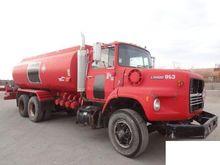 1989 FORD L9000