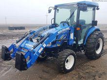 2014 New Holland BOOMER 3045
