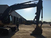 2014 John Deere 210GLC
