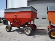Ficklin 240bu Gravity Wagon