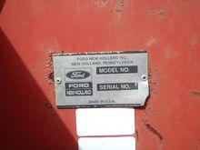 NH 305 Manure Spreader
