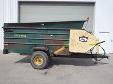 Artsway Silamix Feed Wagon
