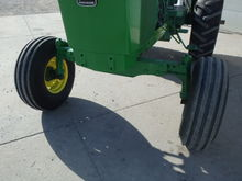JD 2940 Tractor
