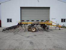 Landoll 850-11 Soil Finisher
