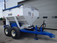 Doyle 8 ton Fertilizer Spreader