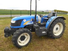 2011 New Holland TD4040F Orchar