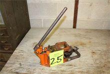 Hydra Shear Model P Hand Powere