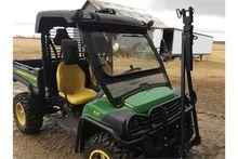 JD 825I 4x4 Gator W/ Roll Bar a