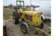 JD 1020 utility tractor