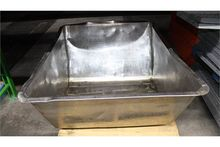 STAINLESS STEEL CONTAINER,