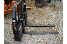 Tomahawk forks for skid steer,