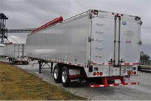 2009 44' Walinga aluminum bulk/