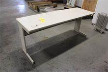Used LAMINATE TABLE