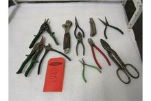 Lot of hand tools including sni