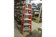 Louisville (2) Step Ladder FS10
