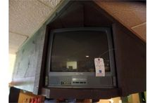 (3)Sanyo TV's