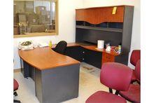U-Shaped Desk with Upper Hutch