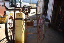 Bottle Cart & Gauges (NO BOTTLE