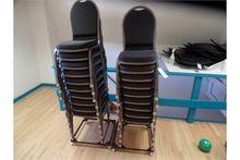 {LOT} 19 Uph. Seat & Back Metal