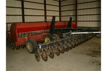 Case IH 20ft drill w/Yetter Cad