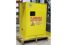 12 GALLON NEW FLAMMABLE SELF CL