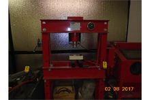 CENTRAL MACHINERY 50-TON HYDRAU