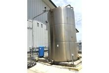 10,000 Gallon Stainless Steel V